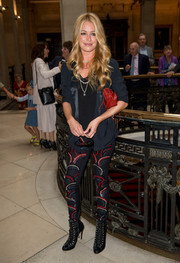 Cat Deeley sealed off her edgy look with a pair of black lace-up boots from the Bionda Castana x Matthew Williamson collection.