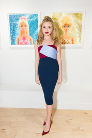 Peyton List was modern and sophisticated in a tricolor spaghetti-strap midi dress at the opening of Beau Dunn's 'Plastic.'