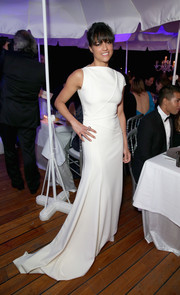 Michelle Rodriguez was sleek and sophisticated in a crisp white asymmetrical gown by Vionnet at the De Grisogono party in Cannes.