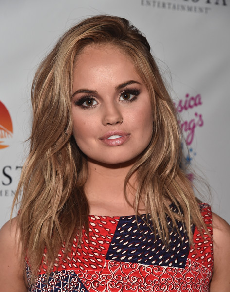Debby Ryan Medium Wavy Cut