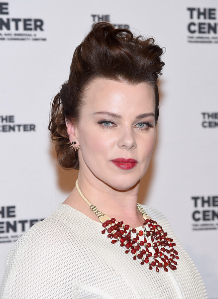 Debi Mazar Gemstone Statement Necklace [hair,hairstyle,lip,eyebrow,face,chin,shoulder,beauty,skin,eyelash,cipriani wall street,new york city,center dinner,debi mazar]