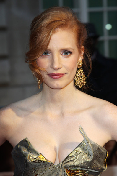 Jessica Chastain updo
