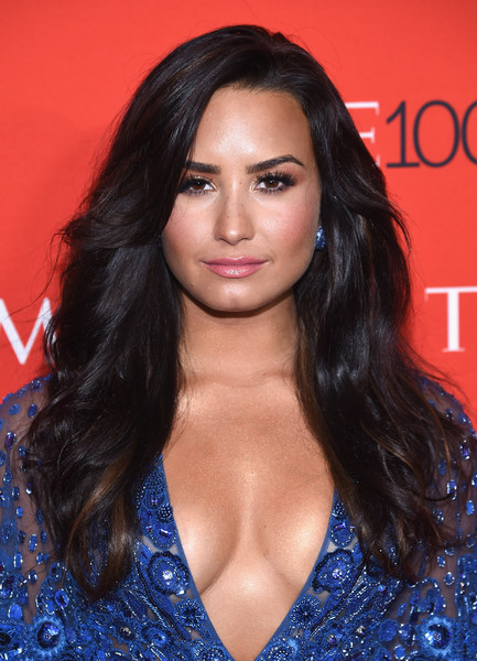 Demi Lovato Feathered Flip [red carpet,hair,face,hairstyle,eyebrow,long hair,brown hair,chin,beauty,lip,black hair,demi lovato,time 100,jazz,new york city,lincoln center]