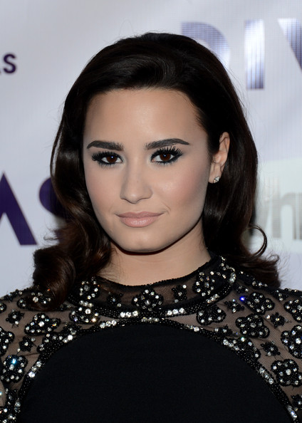 Demi Lovato Retro Hairstyle