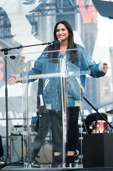 Demi Lovato Oversized Jacket [performance,singing,musician,outerwear,public event,performing arts,music,event,singer,stage,march,los angeles,california,women,demi lovato,women]