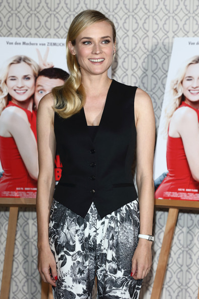More Pics of Diane Kruger Long Side Part (1 of 32) - Diane Kruger Lookbook - StyleBistro