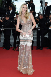 Sarah Marshall was all sparkly in a beaded gold gown during the 'Dheepan' premiere in Cannes.