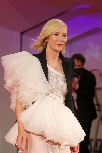 More Pics of Cate Blanchett Embroidered Dress (8 of 65) - Cate Blanchett Lookbook - StyleBistro [movie,fashion,fashion show,clothing,fashion model,beauty,skin,fashion design,pink,model,dress,cate blanchett,di yi lu xiang,red carpet,love after love,fashion,model,hair,77th venice film festival,fashion show,fashion show,hair,haute couture,runway,model,long hair,human hair color,brown hair,fashion,gown]