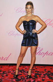 For the Chopard event at Cannes, Bar Refaeli sparkled in a strapless sequin encrusted cocktail dress.