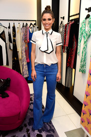 Maria Menounos jumped in on the flare trend with these jeans.