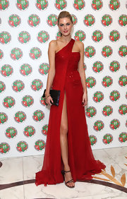 Donna Air wore this red chiffon gown with a hip-high slit to the Didier Drogba Foundation Charity Ball.