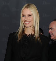 Supermodel Karolina Kurkova rocked center part straight tresses to the Dior boutique opening.