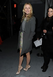 Dree Hemingway paired a darling floaty Christian Dior dress with strappy dude platform pumps.