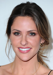 Jill Wagner wore petite gold hoops to the TCA Winter Press tour.