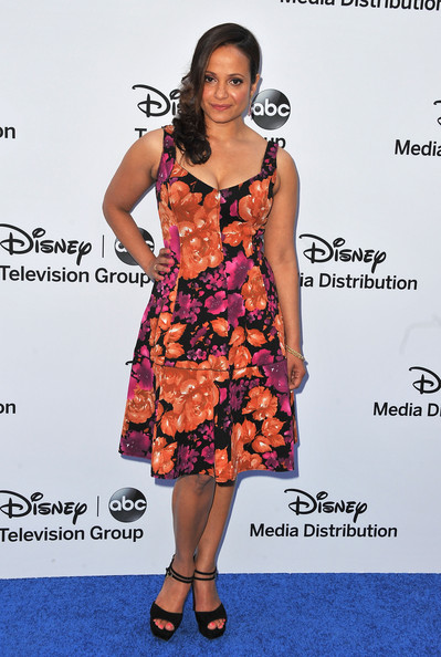 A bold floral dress gave Judy Reyes a totally summery vibe at the Disney Media Upfront.