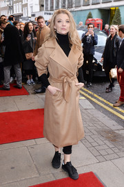Natalie Dormer arrived for the 'Doctor Faustus' gala night performance all bundled up in a beige wool coat.