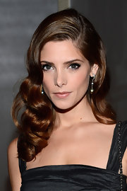 Ashley channeled Lauren Bacall with her side-swept retro curls.