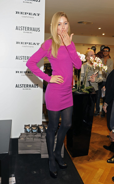 More Pics of Doutzen Kroes Tights (6 of 24) - Doutzen Kroes Lookbook - StyleBistro