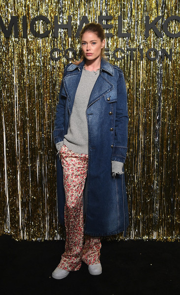 Doutzen Kroes Trenchcoat [denim,clothing,jeans,fashion,textile,outerwear,street fashion,footwear,jacket,trousers,michael kors collection fall 2019 runway show,backstage,new york city,cipriani wall street,doutzen kroes]