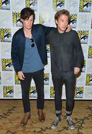 Arthur Darvill rocked dark skinny jeans with cropped cuffs that were trendy with a playful sense of style.