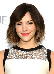 Katharine sported a short and wavy chop to show off her blonde and brown ombre locks.