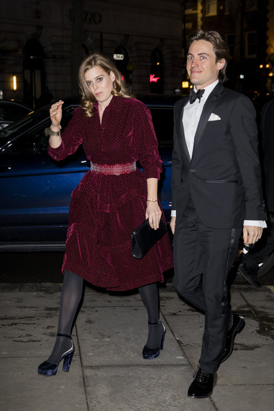 More Pics of Princess Beatrice Leather Clutch (1 of 7) - Princess Beatrice Lookbook - StyleBistro [duchess of cambridge attends the portrait gala,clothing,fashion,leg,dress,event,suit,outerwear,tights,formal wear,gentleman,beatrice,edoardo mapelli mozzi,england,london,national portrait gallery,portrait gala]
