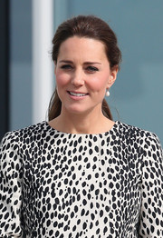 Kate Middleton kept it casual and youthful with this ponytail while touring a Margate art gallery.