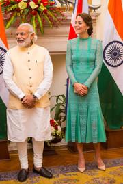Kate Middleton looked oh-so-lovely in a jade-colored lace dress by Temperley London while touring India.