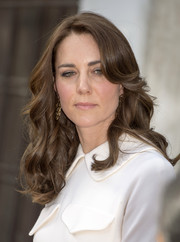 Kate Middleton looked lovely with her bouncy curls while touring India.