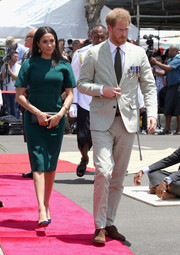 Meghan Markle donned a green sheath dress by Jason Wu for the unveiling of the Labalaba Statue in Fiji.
