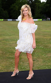 Penny Lancaster teamed up her dress with a pair of strappy sandals for the 2009 Polo Cup.
