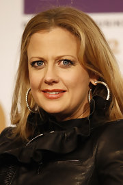 Barbara Schoeneberger donned a pair of large diamond hoop earrings at the ECHO 2012 press-con.