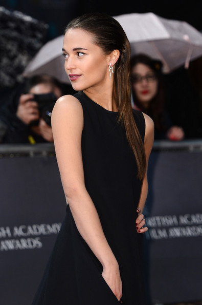 More Pics of Alicia Vikander Long Straight Cut (3 of 11) - Long Straight Cut Lookbook - StyleBistro