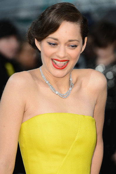 More Pics of Marion Cotillard Strapless Dress (1 of 15) - Marion Cotillard Lookbook - StyleBistro
