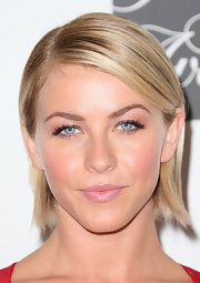 To change up her choppy bob, Julianne Hough slicked back her hair into a smooth and shiny 'do.
