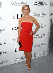 Reese Witherspoon donned a simple yet chic red strapless dress by Calvin Klein for the Elle Women in Hollywood celebration.