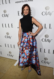 Juliette Lewis amped up her black bodysuit with a fabulous printed skirt by Sachin & Babi at ELLE's Annual Women in Television Celebration.
