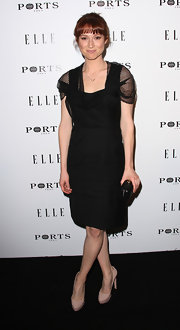 "Ellie Kemper donned nude platform pumps to the ""Elle"" Women in Television dinner."