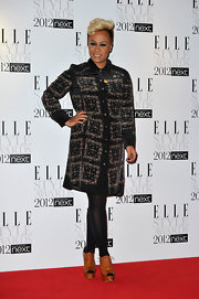 Emeli accessorized her look with cognac platform cutout booties.