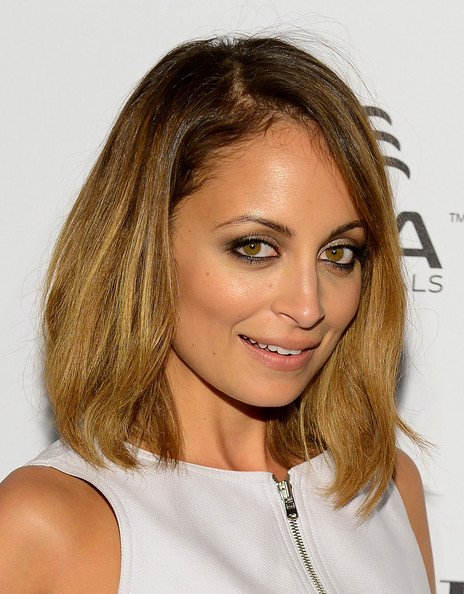 More Pics of Nicole Richie Mid-Length Bob (3 of 14) - Shoulder Length Hairstyles Lookbook - StyleBistro