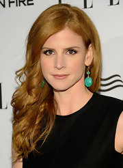 Sarah Rafferty finished her au naturale look off with some lipgloss.