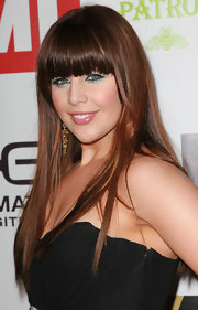 Hilary Scott rocked blunt cut bangs and sleek locks to the EMI Grammy after-party.