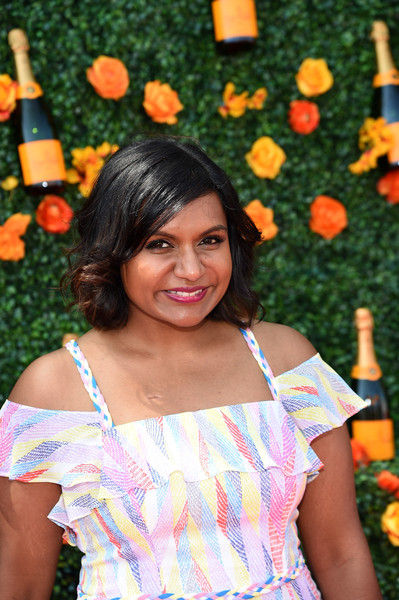 More Pics of Mindy Kaling Print Dress (4 of 5) - Dresses & Skirts Lookbook - StyleBistro []