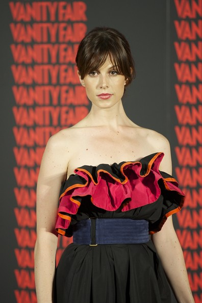 Elettra Wiedemann Oversized Belt [man of the year 2011 award,man of the year,fashion,clothing,red,beauty,haute couture,hairstyle,shoulder,dress,fashion show,fashion design,mario vargas llosa receives,elettra wiedemann,madrid,spain,museo de america,vanity fair]