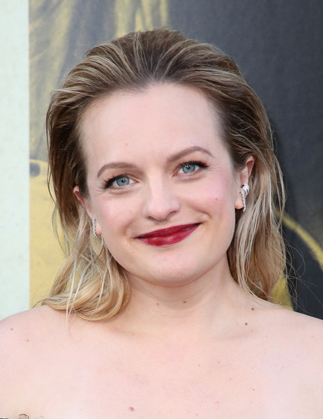 Elisabeth Moss Red Lipstick [warner bros pictures,the kitchen,hair,face,lip,eyebrow,hairstyle,chin,blond,skin,beauty,forehead,arrivals,elisabeth moss,california,hollywood,tcl chinese theatre,premiere,premiere]