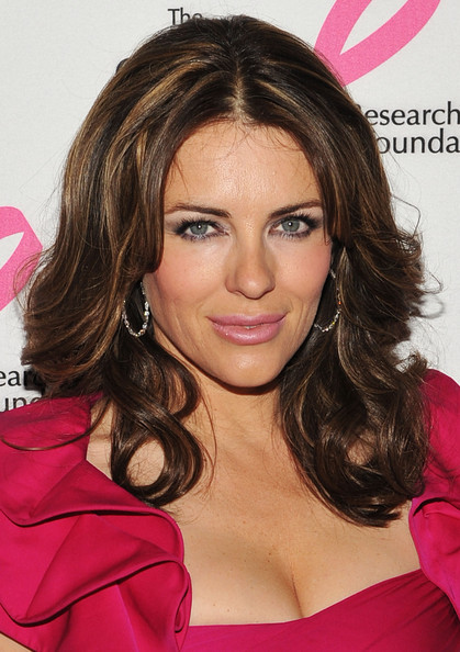Elizabeth Hurley Medium Curls