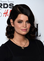 Pixie Geldof attended the Elle Style Awards wearing adorably chic vintage-style curls.
