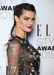 Isabeli Fontana kept it youthful and charming with this braided 'do at the Elle Style Awards.