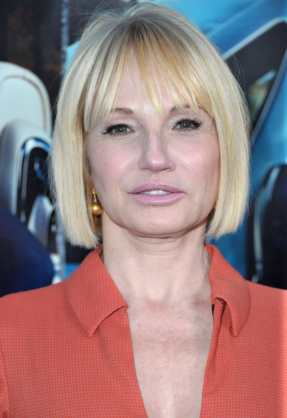 Ellen Barkin Bob [premiere of the hbo documentary ``his way,documentary,hair,face,blond,hairstyle,chin,eyebrow,layered hair,bob cut,bangs,lip,ellen barkin,california,hollywood,red carpet,hbo,premiere]