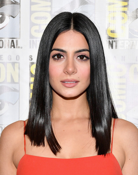 Emeraude Toubia Long Straight Cut [hair,face,hairstyle,eyebrow,black hair,chin,forehead,beauty,lip,long hair,emeraude toubia,shadowhunters,line,press line,freeform,stitchers,hilton bayfront,san diego,california,comic-con international 2017 - freeform press]